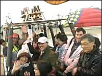 日本人が亡くなった熱気球事故で離陸時の映像が公開される。被害者の姿も