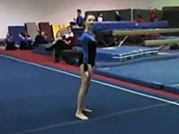 これはGyaaa!!体操選手が着地の瞬間に両足を同時に「ゴリッ」とやっちゃう