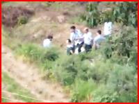 後ろから拳銃で一発。中国で撮影された公開処刑の様子。乾いた銃声。