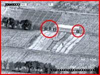 A-10の口径30mmガトリング砲に狙われたタリバン5人組が木っ端微塵・・・。
