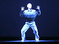 どんなにダサくても開き直って踊れば観衆を沸かす事ができるんだよ動画。