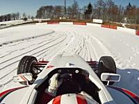 雪の積もったニュルブルクリンク北コースをフォーミュラカーでドライブしてみた