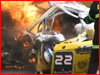 火を消す前に救出してあげて!GTカー炎上事故の対応が酷過ぎる(@_@;)