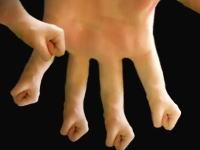 ブキミ動画「手の指が手」画面の中に引き込まれてしまいそうな気味が悪い動画