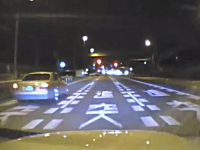 DQN。埼玉県でキチガイ日産セドリックに絡まれたドラレコ動画。無謀運転。