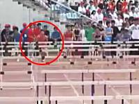 中国の高校生「ハードルは実は飛ばなくても良い」を実践して猛烈に追い上げるが