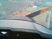 高度1800メートルで故意にエンジンを止めて着陸させる飛行訓練のムービー