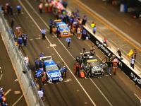 自動車レースをおもちゃ風に撮影した作品が楽しかった。ミニチュア撮影