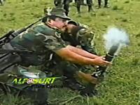 これはワロタwwwな軍事動画。迫撃砲を発射する訓練でまさかのwwwww