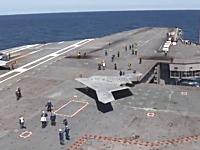 軍事動画。米海軍最新式の無人機「X-47B」空母から発進。テスト飛行成功