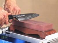 職人が教えてくれる包丁の研ぎ方講座(動画)包丁研ぎの神髄。藤次郎作