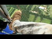 スカイダイビングより数倍怖そう(@_@;)610メートルの鉄塔からダイブ!
