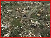米国史上最大規模の竜巻被害。都市全体が壊滅したタスカルーサ。