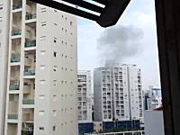 ガザから撃ち込まれたロケット弾が住宅地に着弾した瞬間。凄い音(@_@;)