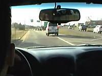 1000馬力の改造車を313.8km/hで走らせてYouTubeにうpして逮捕された男
