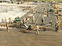建設現場のシュールなハプニング映像。無人で動く道路カッターを誰か止めろ