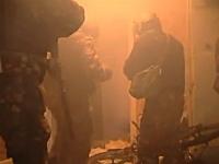 ロシアで幼稚園を狙撃しようとしてた男の部屋にスペツナズが突入する映像。
