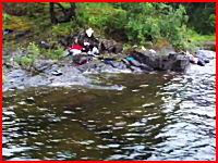 ウトヤ島の殺害現場の映像がネットにアップされる。これは悲惨すぎて・・・。