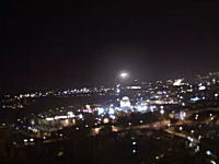 エルサレムの神殿の上空に出現したUFOとされる謎の発光体のムービー。