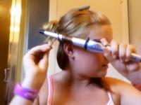 コテで巻き髪を作るわよー。ギャル自画撮りで髪の毛が悲惨な事に・・・。