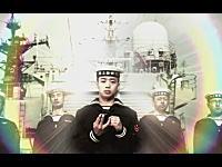 海上自衛隊ワロタ。「敬礼」を正しく学べるiPhoneアプリを作っちゃった。公式w