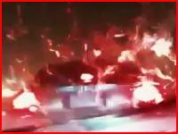 雨の日の11秒動画。これはびっくりしたわ(@_@;)どっちが加害者でしょうか。