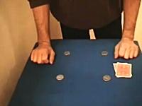 こうれはどうなってんの!?というカードマジックの映像。最後ビックリした。