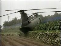 民間人を乗せた自衛隊のヘリが不時着 その様子を捉えたテレビカメラの映像