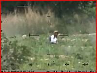 戦争だとしてもあまりにも惨い動画。30mm機関砲で撃ち殺されるタリバン。