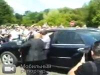 ロシアは大統領もおそロシア。メドベージェフの大失態動画。ギリギリセーフ