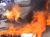 犯人はガソリンをまいてたヤツ。藁人形を燃やそうとして失敗。人に燃え移る