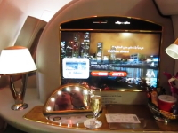 人生勝ち組の移動手段。エミレーツA380ファーストクラスでバンコク⇒香港。