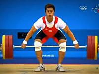 重量挙げで160キログラムに挑戦した韓国人選手の右腕が・・・。ロンドン五輪