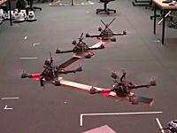 驚くべき精度で飛行するクアッドヘリコプターが進化して共同作業が可能に!