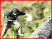 まさかの死亡事故。岩盤から垂直降下(ラペル)するロープが外れてしまって・・・。
