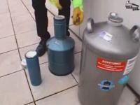 最強の熱対策wwwCPUを液体窒素で冷やしてみたwww