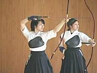 弓道って美しいスポーツだな・・・。女子大生の弓道上級者映像集