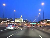 片側6車線(両側12車線)夜のアトランタの高速道路を体験できる車載ビデオ