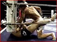 ボコ殴りのフルボッコ 格闘技の衝撃的KO劇50連発 失神、流血、再生注意