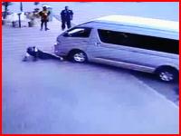 ヨハネス怖いバン乗り。わざと轢いた上に顔面サッカーボールキック(@_@;)