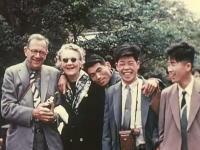 貴重映像。昔の日本の様子を今に蘇らせたフィルム。昔の人はスーツか着物
