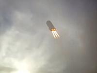 未来か。ブルーオリジン・ニューシェパード試作機の垂直離着陸の試験映像