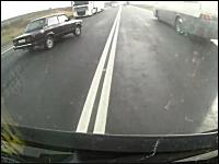 ドラレコ動画。助からないと思われた大事故から奇跡的に生還した運転手。