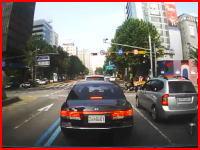 韓国の車載動画、青信号でも油断してはいけないという交差点事故の映像