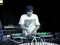 世界大会でNo.1に輝いた日本人DJ「威蔵」のプレイが凄いらしい動画。DMC