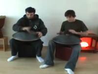 ハングドラム・デュオ 優しい音色がとっても心地よいハングドラムの演奏