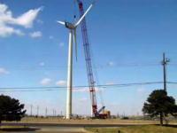 巨大な空力発電の風車はどうやって組み立てられているのか