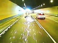 車載カメラが捉えた衝撃の瞬間。アジア編。DQN、衝突、転倒、逆走びっくり。