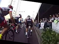 宇都宮で行われた自転車ロードレースのオンボード映像。ロビー・マキュアン