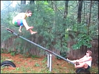YouTube失敗映像集2012年8月版。こんな事ある?綱引きでまさかのハプニング